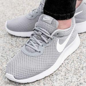 Nike Tanjun Boys Running Gray Shoes